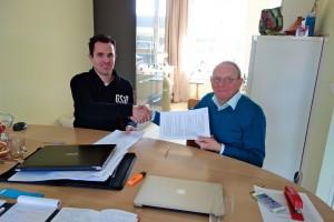 Vanderkaaijaccounting werkt met ingang van 1 januari 2015 samen met AccountantsKantoor de Groot BV. Pieter van der Kaaij en Mathieu de Groot hebben hiervoor overeenstemming bereikt en klanten van Van der Kaaij zullen hierover worden geïnformeerd.